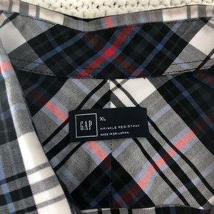 GAP Shirts - Men's Gap Shirt